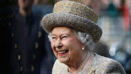 La reina Isabel reúne de urgencia a su familia por el futuro del príncipe Harry y Meghan Markle