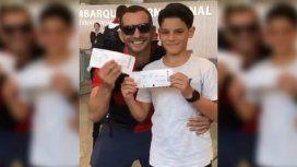 VIDEO: Fue a despedir a su papá al aeropuerto para ver al Flamengo y se llevó una enorme sorpresa