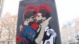 El beso entre Gerard Piqué y Sergio Ramos a horas del clásico entre Barcelona y Real Madrid