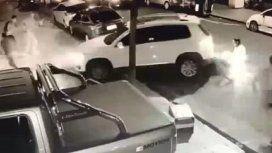 Un vecino atropelló a un motochorro que asaltaba a una familia en Belgrano
