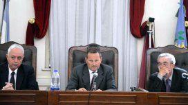 El tribunal condenó a los policías como responsables por el abandono de los detenidos