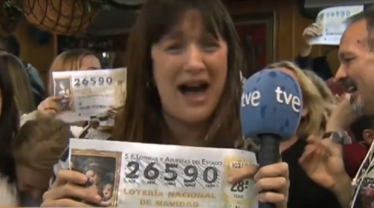 ¡Mañana no voy a trabajar!: una movilera ganó la lotería y explotó en vivo