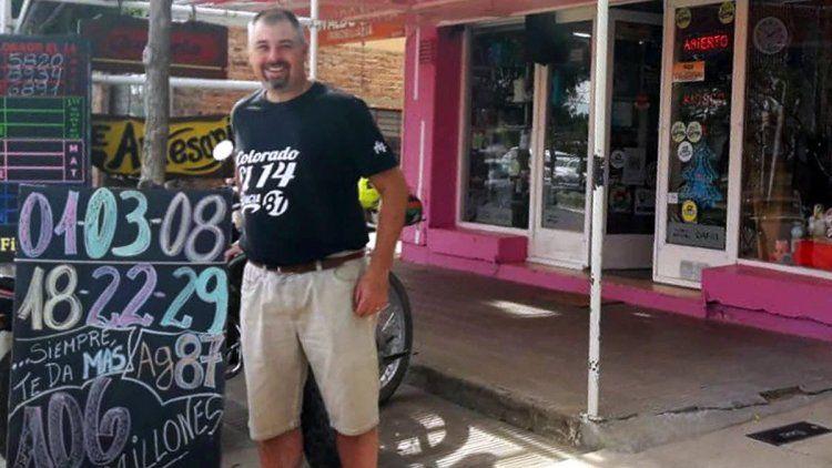 Gustavo Eberle vendió el boleto ganador. Foto gentileza Infopico.com