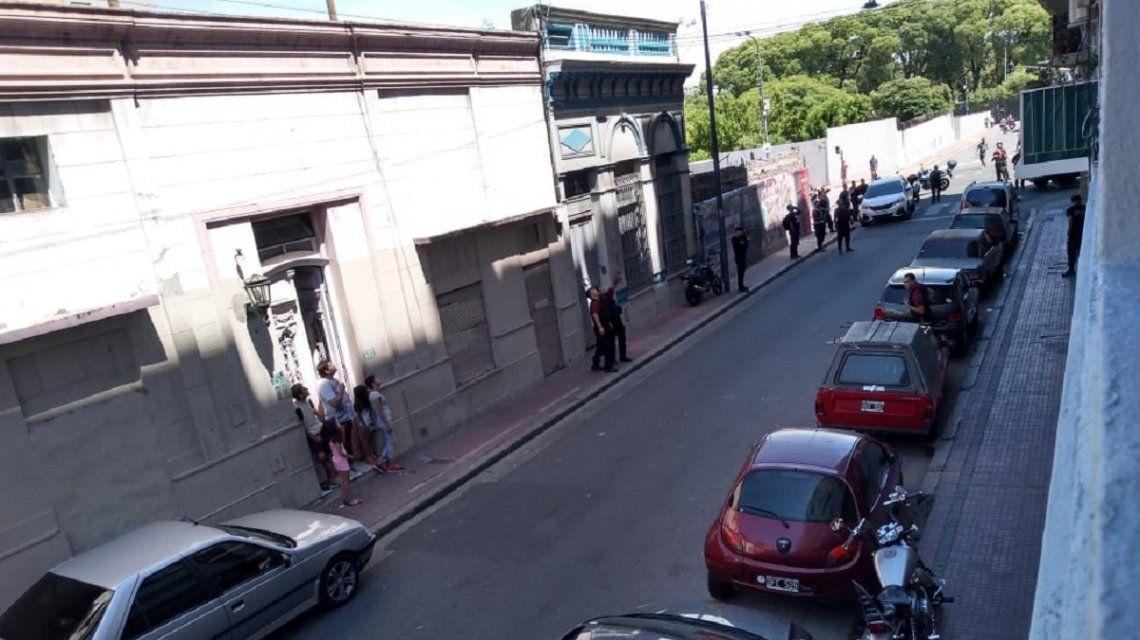 Detuvieron a dos delincuentes y terminó la toma de rehenes en San Telmo