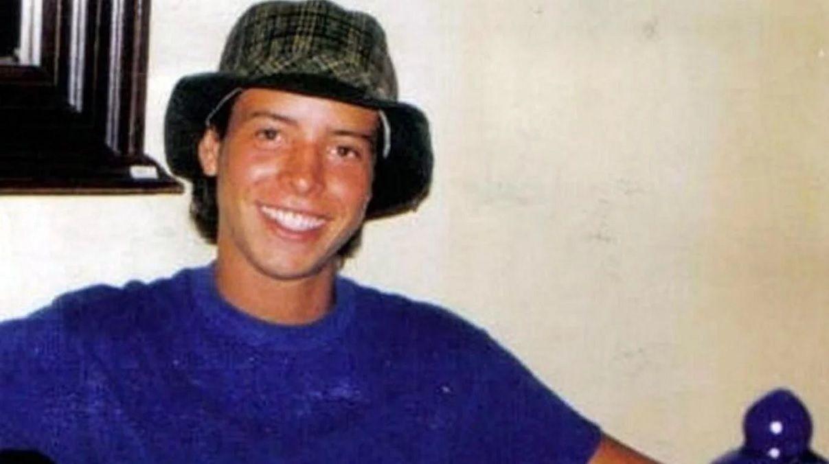 Dragan un arroyo en Brasil para buscar el cuerpo de Cristian Schaerer
