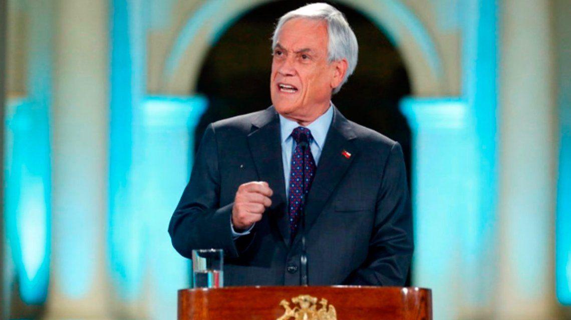 Para Piñera, los videos de la represión son falsos, tergiversados o filmados fuera de Chile
