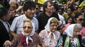Evo Morales con las Madres de Plaza de Mayo