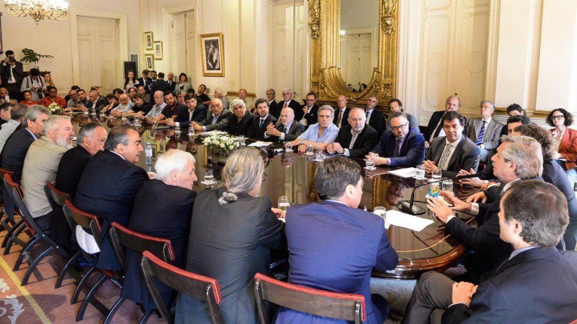 Pacto social: se firmó el Compromiso argentino por el desarrollo y la solidaridad