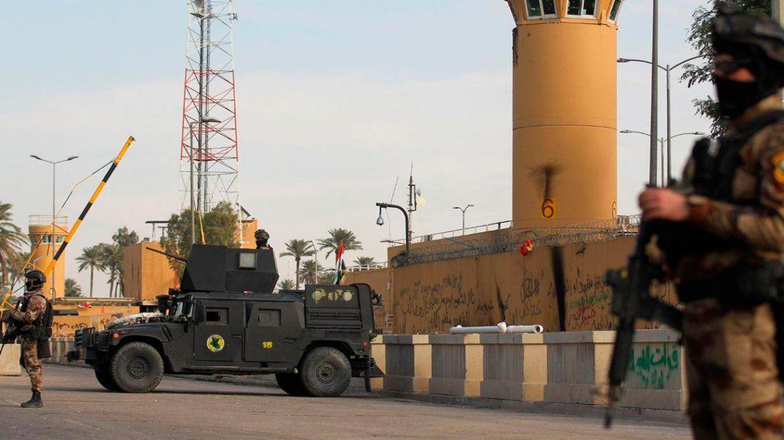 La embajada de EE.UU. en Bagdad fue atacada el 31/12 por miembros de la milicia Multitud Popular proiraníes