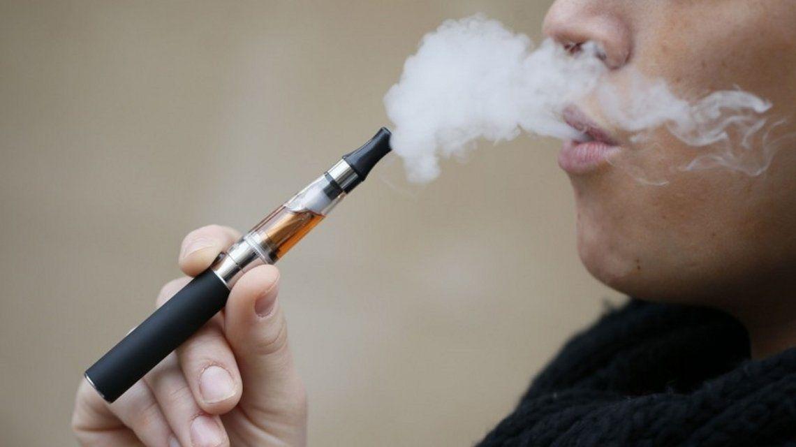 La pareja acusada de contrabando de cigarrillos electrónicos no irá a juicio: la mujer realizará tareas comunitarias