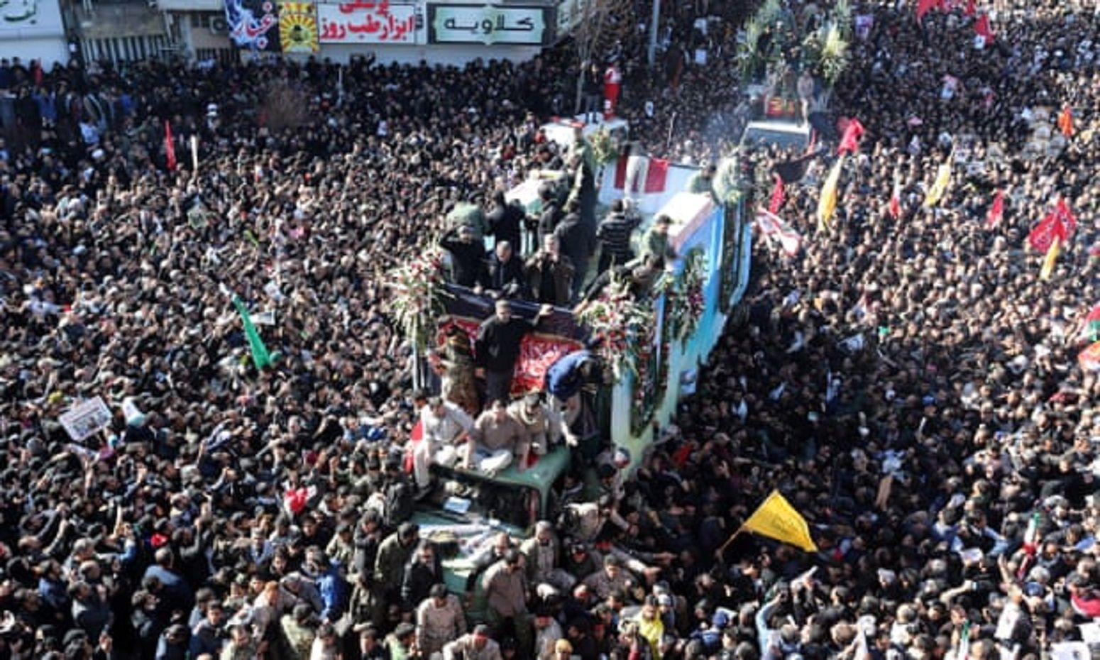 Funeral de Qassem Soleimani. Ftoto: The Guardian