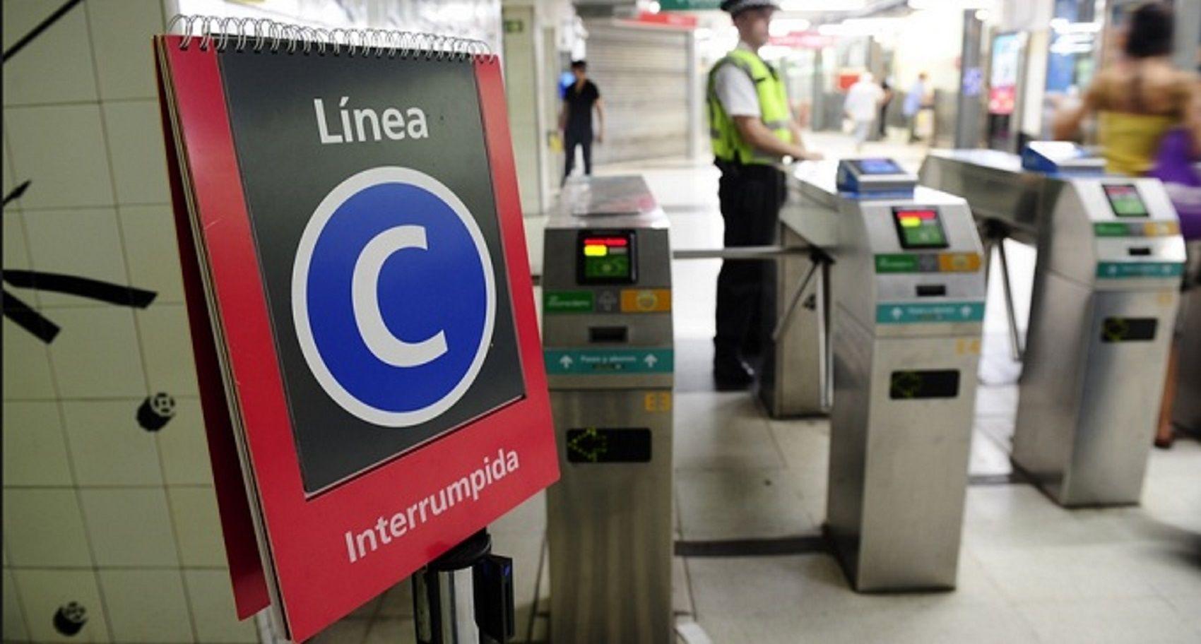Viernes complicado para viajar: no funciona la línea C de subte