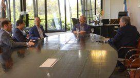 Juan Schiaretti con empresarios chinos