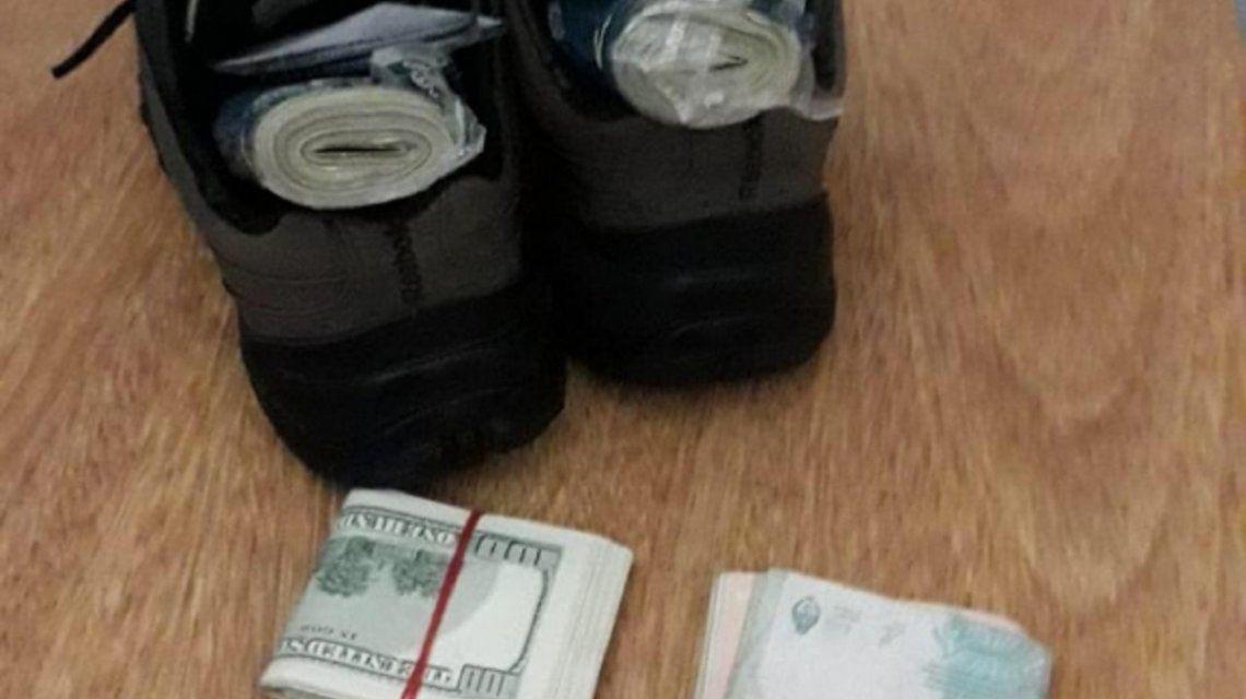 Detuvieron a un argentino que quiso entrar a Uruguay con 40 mil dólares en las zapatillas