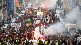 Marcha atrás por las protestas: mantienen la edad jubilatoria
