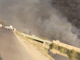 golpe aereo a una base en bagdad que alberga tropas de ee.uu.: cuatro iraquies heridos