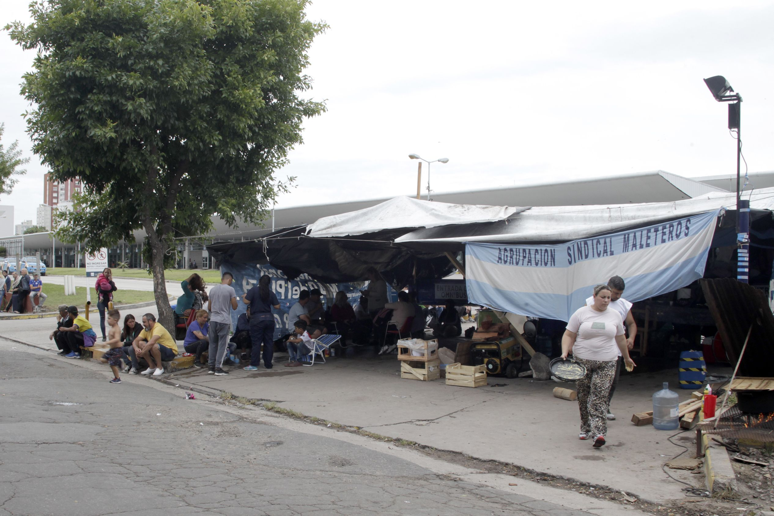 Continua bloqueada la terminal de Mar del Plata. (Gentileza Télam)