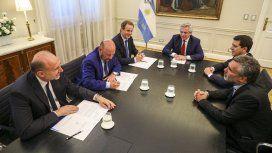 Perotti, Insfrán, Bordet, Alberto Fernández, De Pedro y Vanoli