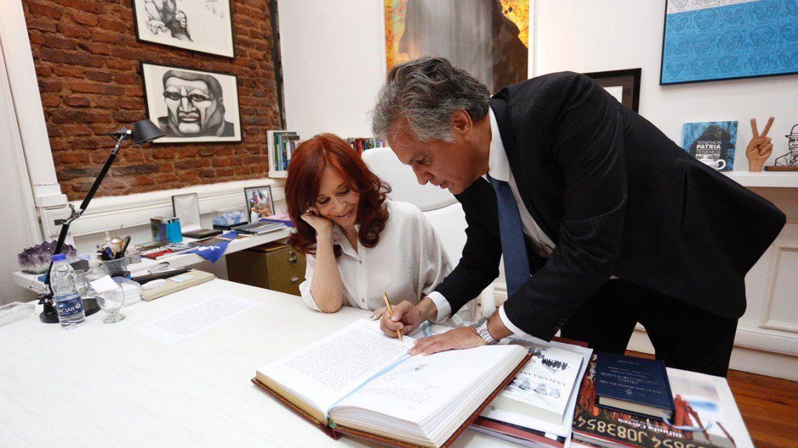 Por el viaje de Alberto Fernández a Israel, Cristina Kirchner ya está a cargo de la Presidencia