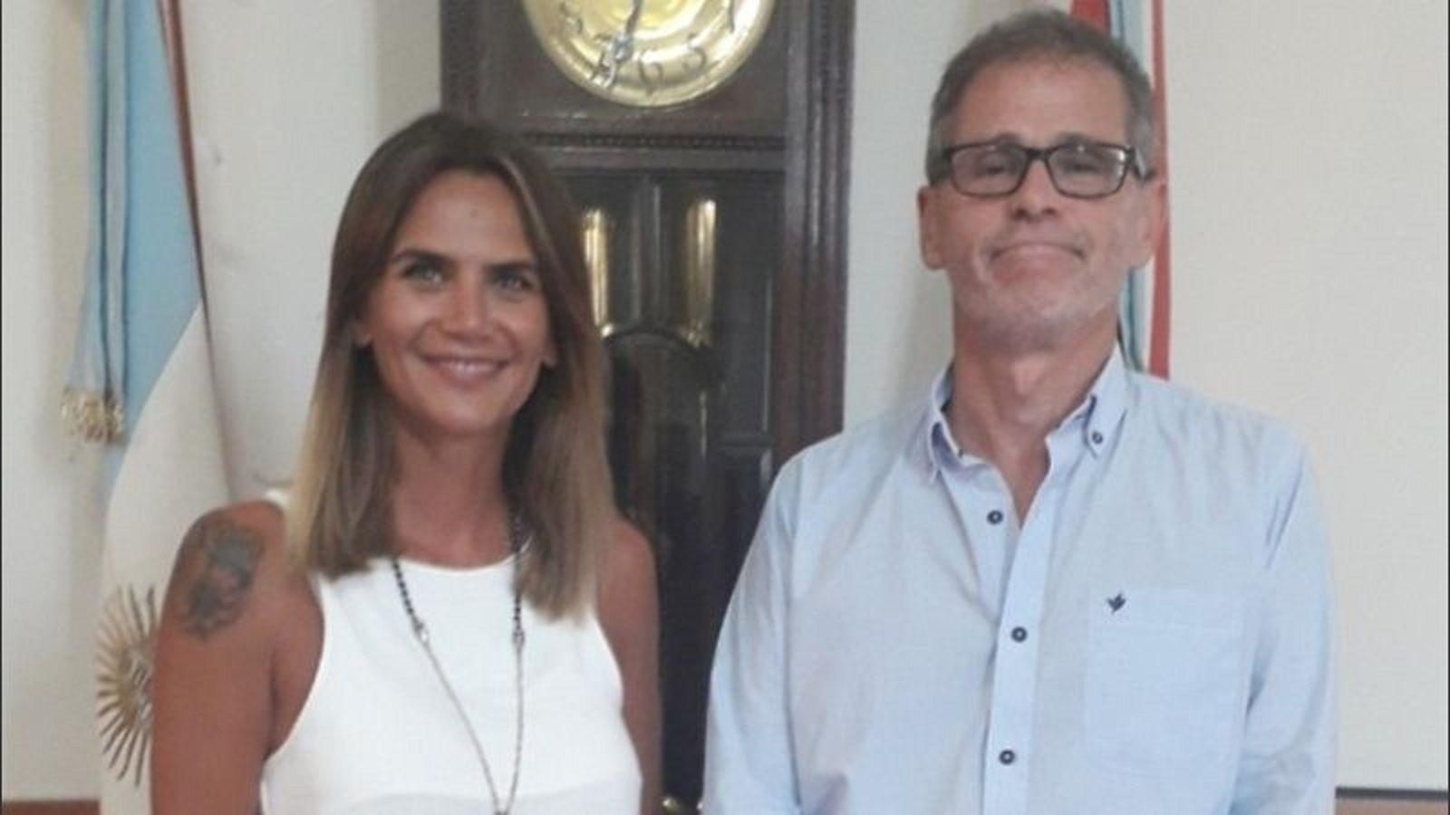 Amalia Granata con el Ministro Dr. Esteban Borgonovo.
