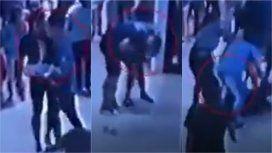 Me vas a atender cuando yo te digo: un turista golpeó en el piso a un mozo en Pinamar