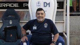 Maradona en el trono que será subastado