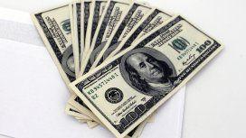 Sobre con dólares
