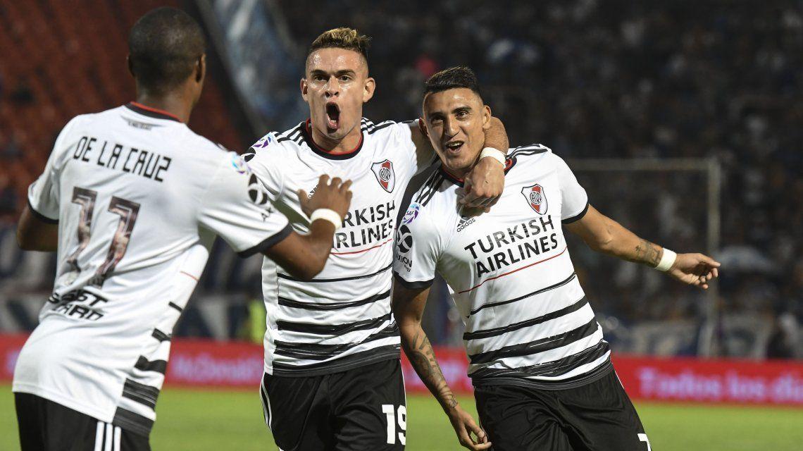 River le ganó a Godoy Cruz en Mendoza y es el único líder de la Superliga