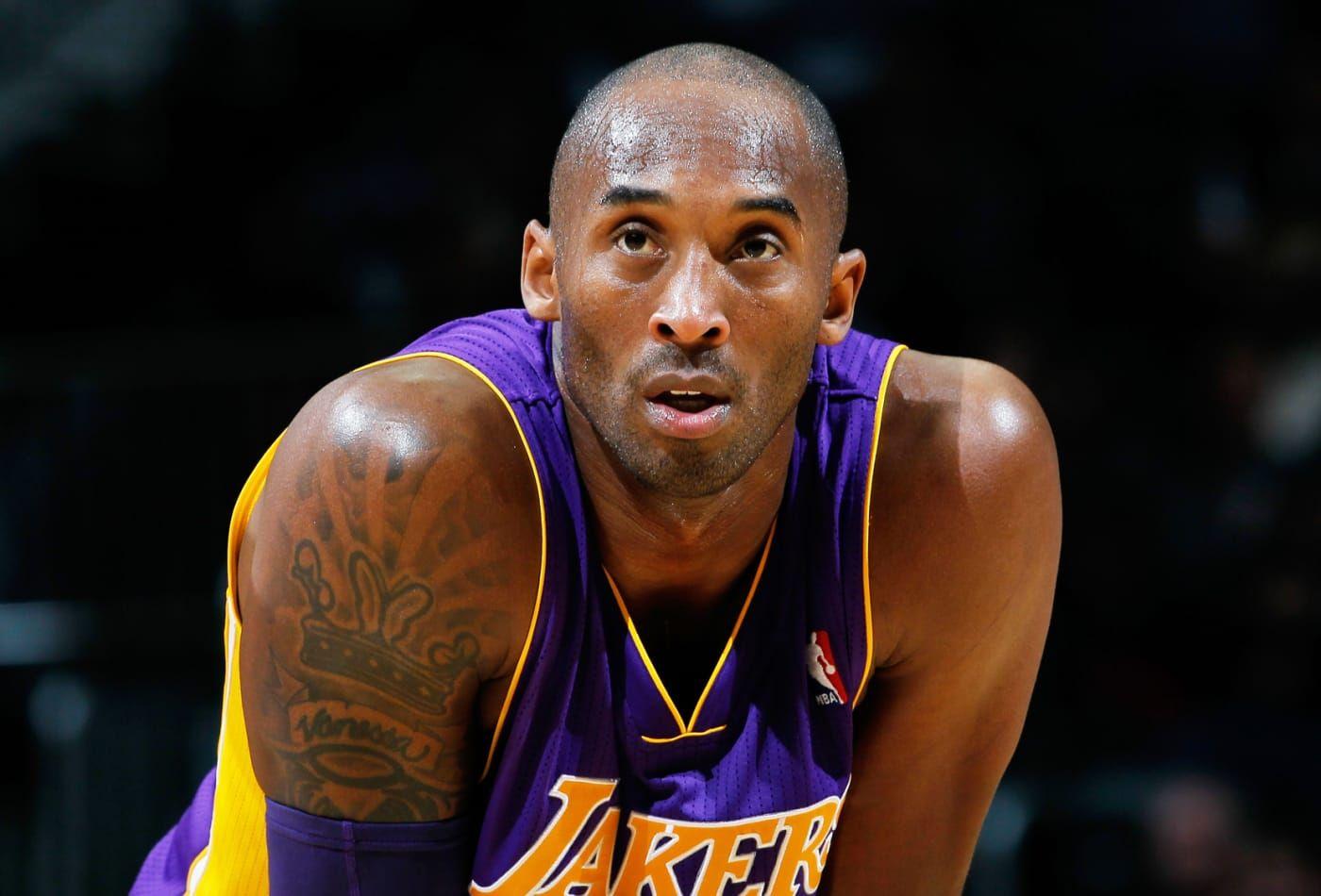 ¿Quién era Kobe Bryant, la estrella del básquet que murió en un accidente con su helicóptero?