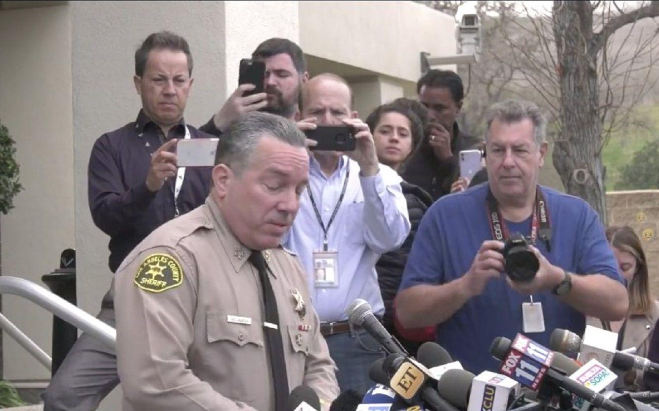 Iban nueve personas en el helicóptero de Kobe Bryant, dijo el sheriff del condado de Los Ángeles