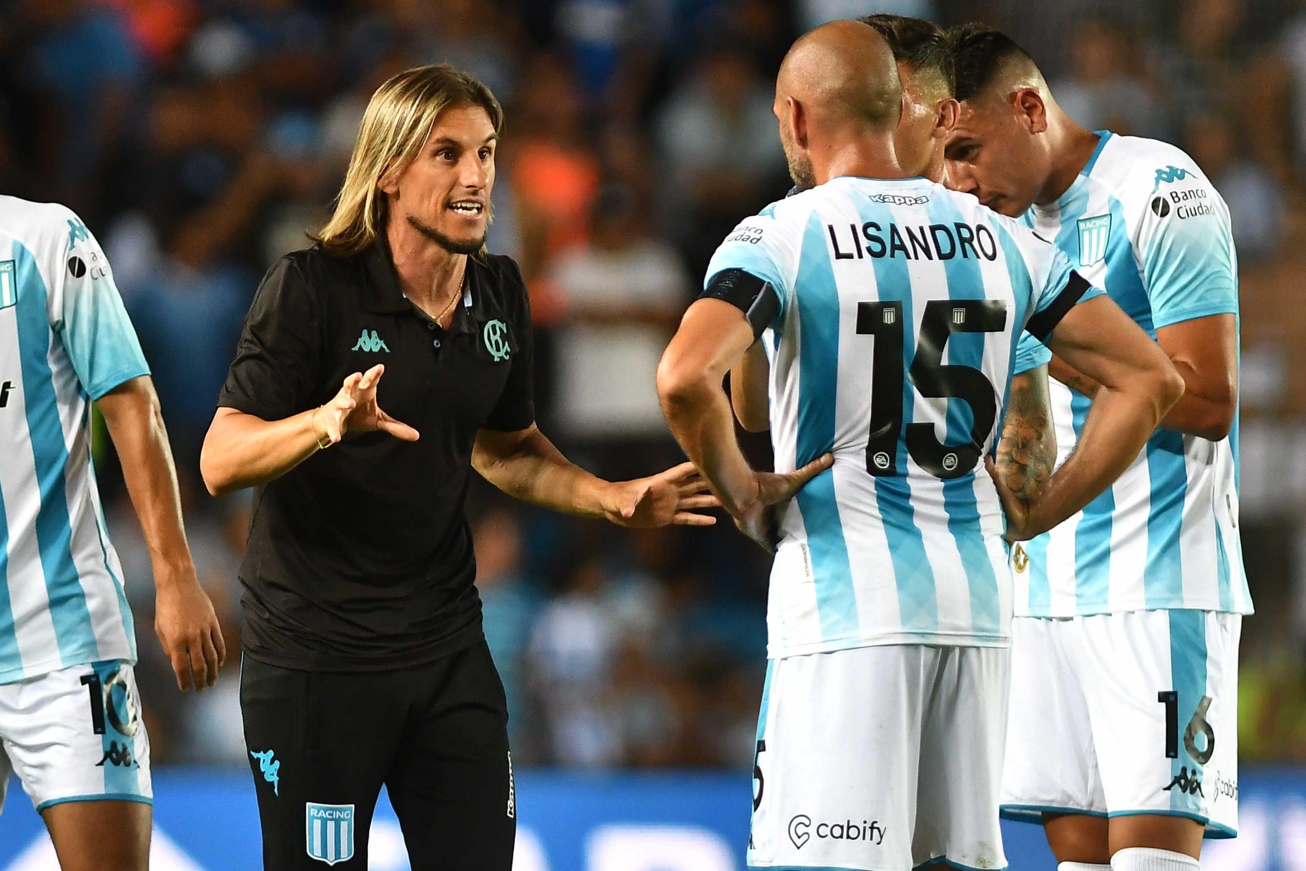Sebastián Beccacece debutó con un empate