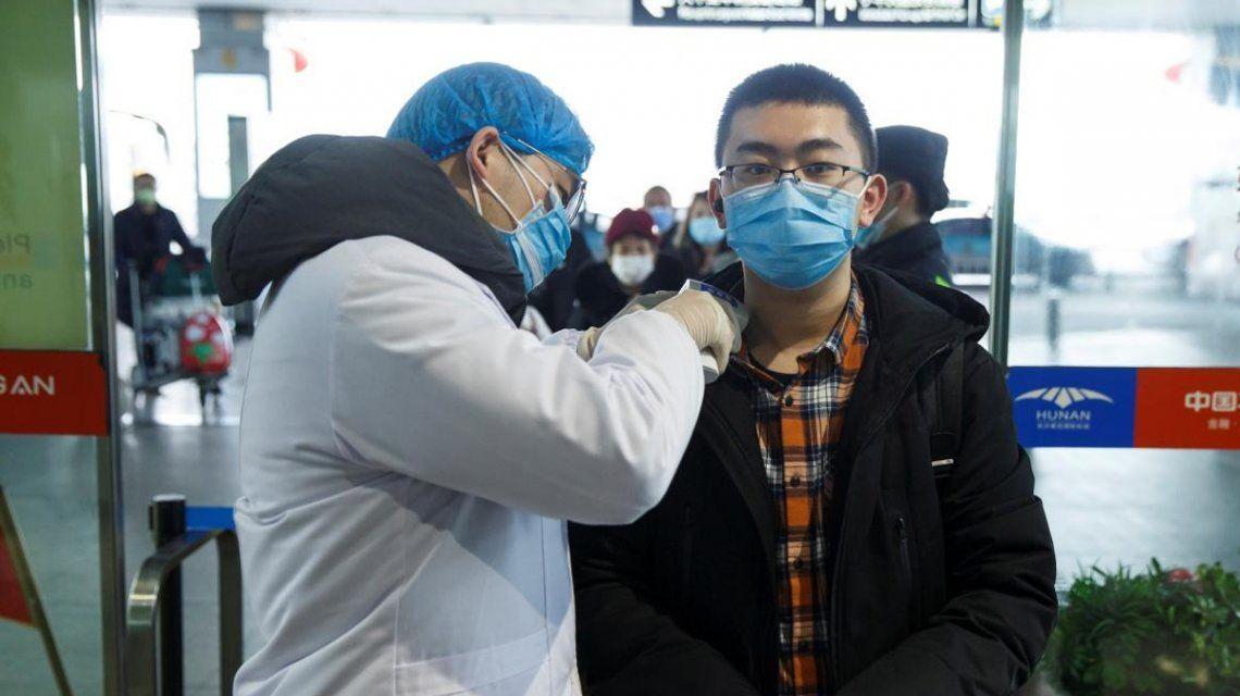 Por vía aérea y marítima: el plan que prepara el Gobierno ante un eventual caso de coronavirus en el país