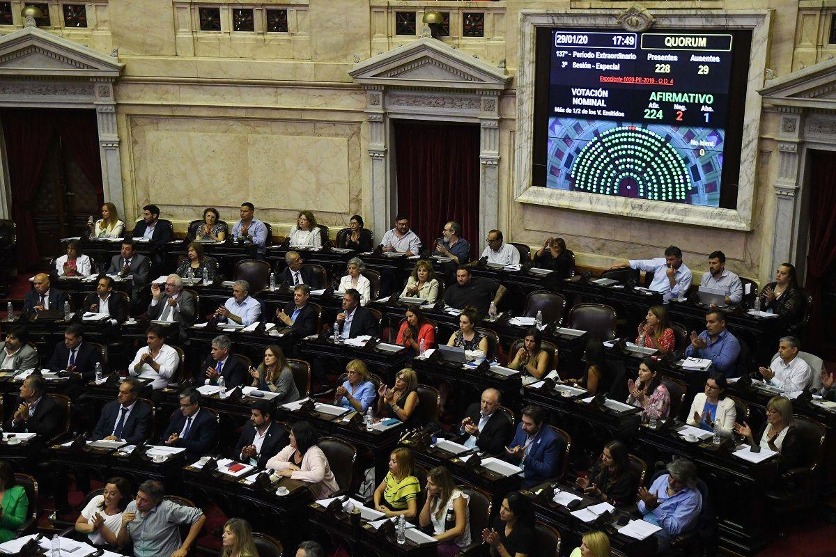 El Gobierno promulgó la Ley de Restauración de la Sostenibilildad de la Deuda