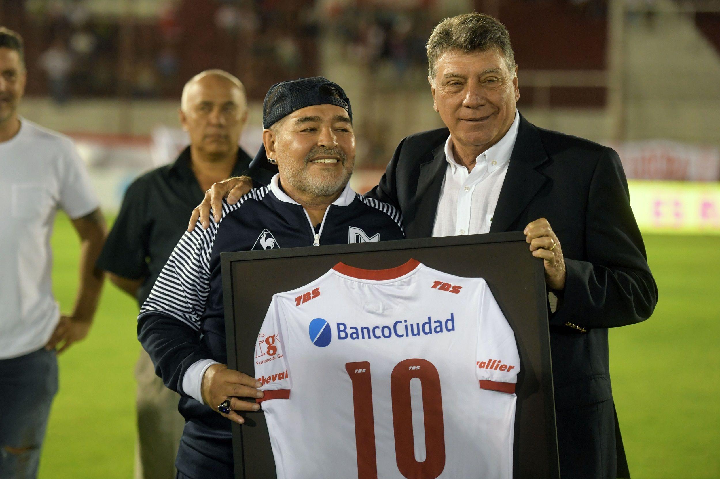 Maradona con Miguel Ángel Brindisi