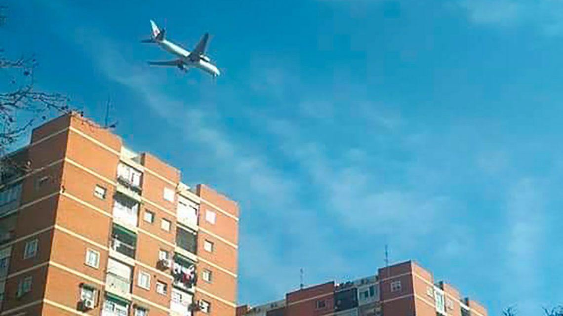 Susto en Madrid por el aterrizaje de emergencia de un avión Boeing 767