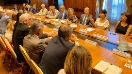 Mercedes Marcó del Pont con empresarios en la AFIP