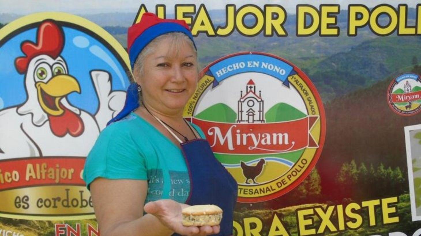 Myriam creadora del alfajor de pollo.
