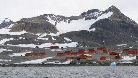¡Ni en la Antártida se salvaron del calor! La temperatura de hoy superó la máxima de 1961