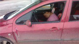 El hombre estaba borracho, dormido y con sus hijos adentro del auto. Foto:ADN Sur