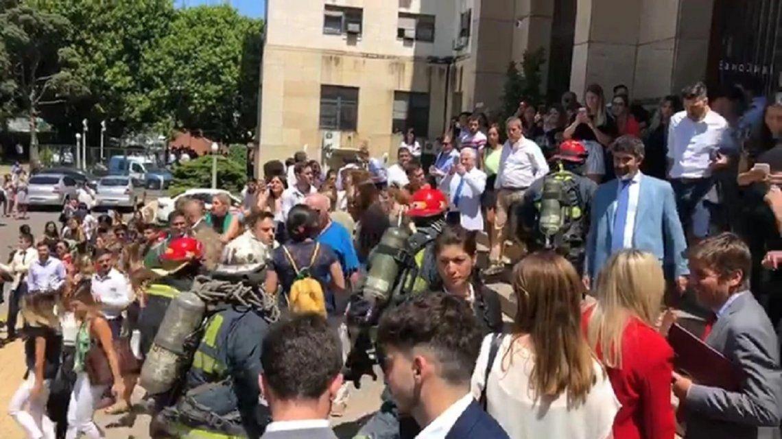 Evacuaron Comodoro Py por un principio de incendio