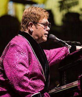 Elton John se quedó sin voz y tuvo que suspender un concierto
