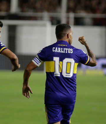 Con un doblete de Tevez, Boca goleó a Central Córdoba y no le pierde pisada a River