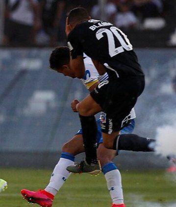 Blandi terminó herido por un proyectil en el clásico chileno entre Colo Colo y Universidad Católica