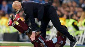 La patada que recibió Zinedine Zidane durante el partido ante Celta de Vigo