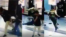 VIDEO: Un héroe anónimo frustró un robo con una zancadilla