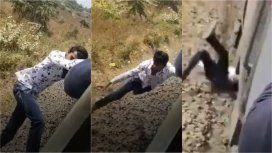 Se cayó de un tren y se salvó de milagro
