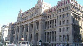 Para la Corte, no es necesario saber castellano para obtener la ciudadanía argentina