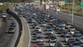 Éxodo turístico: miles de autos se dirigen a la Costa Atlántica por el fin de semana extra largo