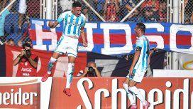Mauricio Martínez celebra su gol junto a Iván Pillud