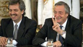 Néstor Kirchner junto a Alberto Fernández en la Casa Rosada.